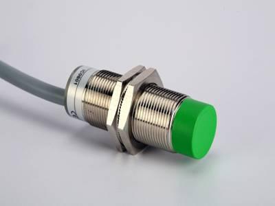 模拟量输出型电感式传感器