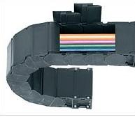 两片式拖管|拖链电缆| 防碎屑 - 可旋转盖板拖链|易格斯E2 R100 拖管