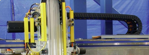 易格斯工程塑料拖链|进口拖链|拖链电缆|适用于金属板成型加工易格斯拖链电缆