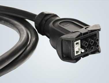 Han-Eco® 的紧凑尺寸可获得更大的电缆截面积