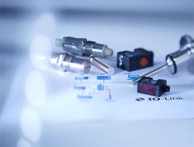 带IO-Link接口的堡盟传感器:功能更多,性能更优