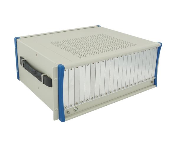 PXI测控机箱   阿尔泰  PXIC-7318 3U 18槽