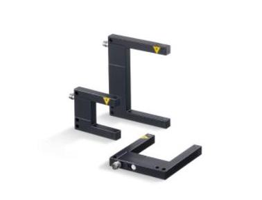 使用易福门叉式激光传感器准确检测小型物体