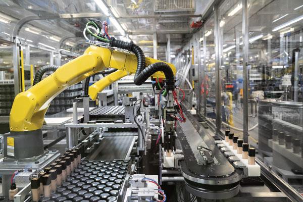 技术助力,美丽升级:倍福 XTS 助力欧莱雅实现柔性制造