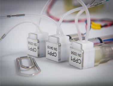 用于小体积液体和气体的微型泵