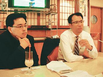黄奕熙先生和侯武明先生接受采访