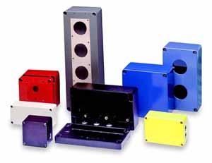 """Fibox 以""""定制标准""""形式提供这八种外壳"""